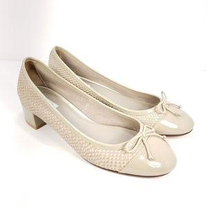 COLE HAAN Women's Sarina Pump Heels Cap Toe sz 7.5